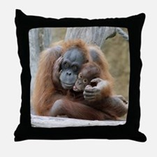 OrangUtan001 Throw Pillow