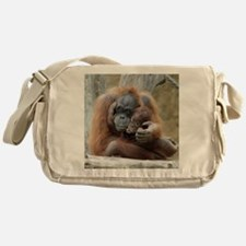OrangUtan001 Messenger Bag