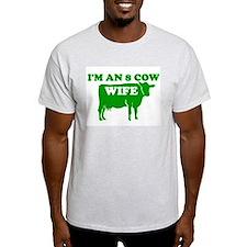 8 COW WIFE SHIRT T-SHIRT LDS  Ash Grey T-Shirt