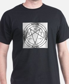 Luciferian Invocation Circle Black white T-Shirt
