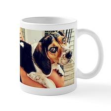 Bella a Lap Beagle Mugs