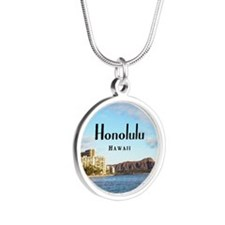 Honolulu Silver Round Necklace