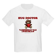 Hug Doctor  Kids T-Shirt