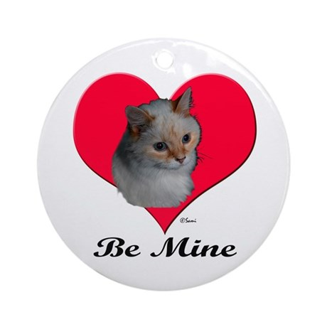 Kekoe the cat's Valentine Ornament (Round)
