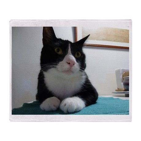 Cute Tuxedo Cat Throw Blanket