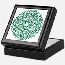 Knotted Circle Keepsake Box