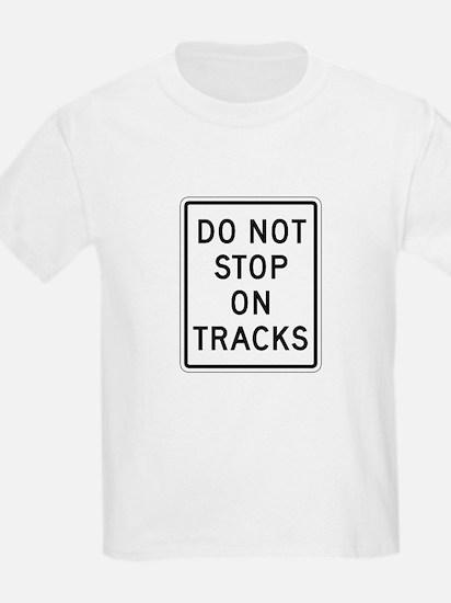 Do Not Stop On Tracks - USA Kids T-Shirt