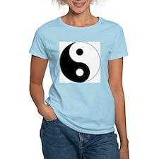 Yin & Yang (Traditional) Women's Pink T-Shirt