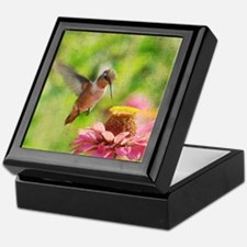 Hummingbird flight Keepsake Box