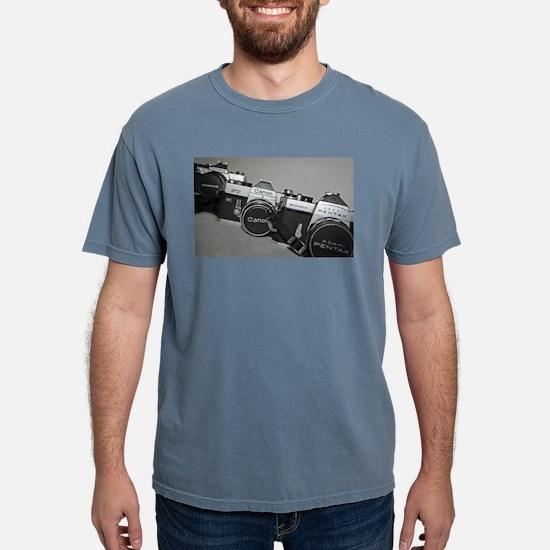 pngtriosideway T-Shirt