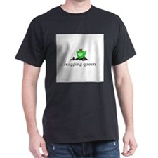 Yarn - Frogging Queen T-Shirt