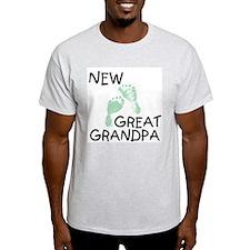New Great Grandpa (green) Ash Grey T-Shirt