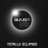 Total solar eclipse Tank Tops