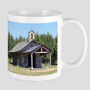 El Camino, church at Cruz de Ferro Mugs