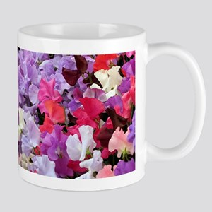 Sweet peas flowers in bloom Mug