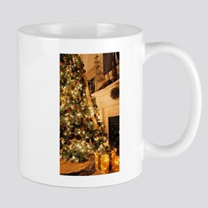 Christmas decor scene golden 2 Mugs