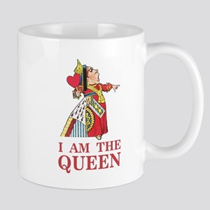 "The Queen of Hearts says, ""I am the Que Mug"