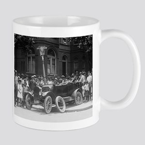 EVERYBODY LOVES A WRECK car crash photo coffee cup