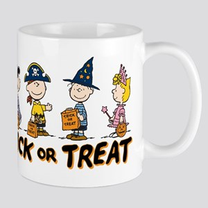 The Peanuts Gang: Trick Or Treat Mugs