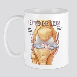 I Survived Knee Surgery black-pink Mugs