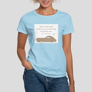 NEVER LOOK BACK Women's Light T-Shirt
