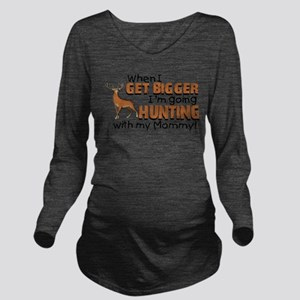 hunting mommy Long Sleeve Maternity T-Shirt