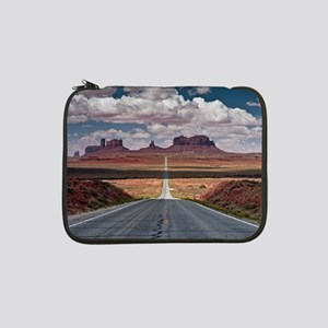 """Monument Valley. 13"""" Laptop Sleeve"""