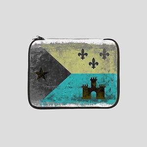 "Vintage Grunge Acadian Flag 13"" Laptop Sleeve"