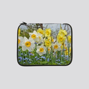 """White and yellow daffodils 13"""" Laptop Sleeve"""