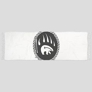 Native Art Gifts T-shirt Bear Claw Tassel Scarf