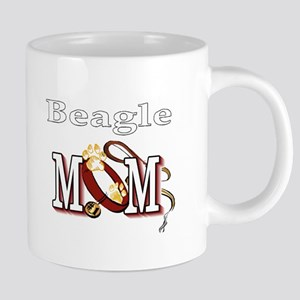 beagle mom darks Mugs