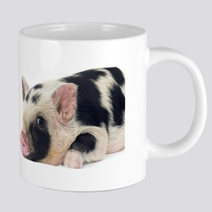 Micro pig chilling out Mugs