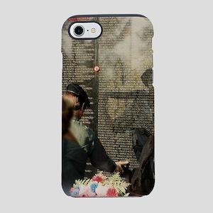 Vietnam Veterans Memorial iPhone 8/7 Tough Case