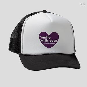 new moebius heart smile Kids Trucker hat