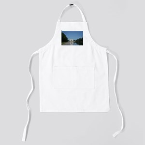 Lincoln Memorial and reflecting pool Kids Apron