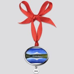 Mount Hood Oval Year Ornament