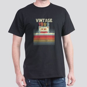 1989 Vintage Design, Birthday Gift Tee. Re T-Shirt