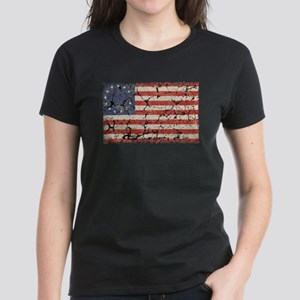 13 Colonies US Flag Distressed T-Shirt