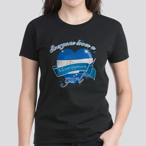 I heart Nicaraguan Designs Women's Dark T-Shirt