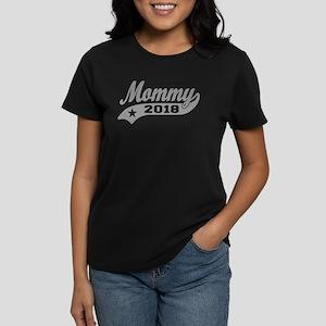 Mommy 2018 Women's Dark T-Shirt