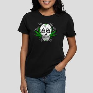 Skull ganja logo 3c T-Shirt