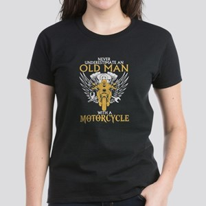 Never Underestimate Old Man With A Motorcy T-Shirt