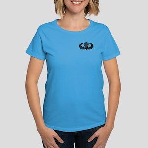 Parachutist -- B-W Women's Dark T-Shirt