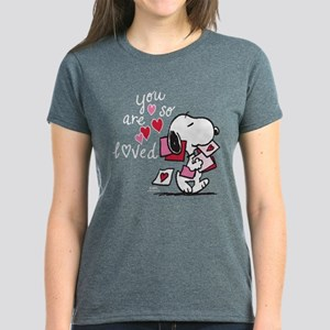 65266601a Snoopy - You Are So Loved Women's Dark T-Shirt