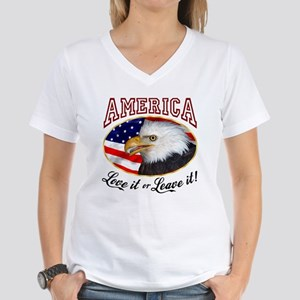 America - Love it Women's V-Neck T-Shirt