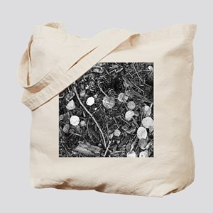 Litter crop for duvet Tote Bag