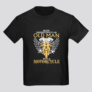 97c23d991 Never Underestimate Old Man With A Motorcy T-Shirt