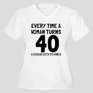 A cougar gets its Women's Plus Size V-Neck T-Shirt