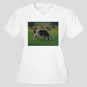 Holstein Milk Cow in Pasture Women's Plus Size V-N