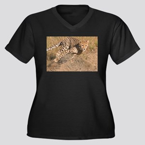 Cheetah On The Move Women's Plus Size V-Neck Dark